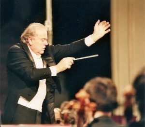 Romano Gandolfi alla direzione d'orchestra